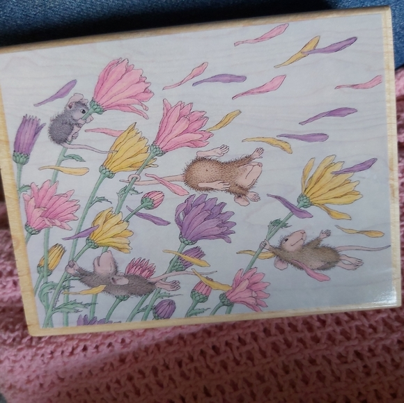 *RETIRED* VINTAGE♡HOUSE MOUSE*SPRING BREEZE* STAMP